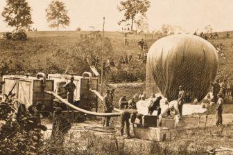 Thaddeus-Lowe-balloon-1862-3000-3x2gty-56a489495f9b58b7d0d77036
